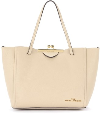 Marc Jacobs Kiss Lock Mini Tote Bag In Beige Grained Leather
