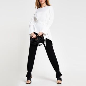 River Island Womens White long sleeve asymmetric hem top