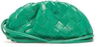 Bottega Veneta The Pouch Intrecciato Leather Wristlet Purse - Womens - Green