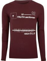 River Island MensBurgundy print muscle fit long sleeve T-shirt