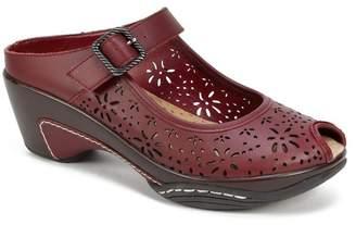 White Mountain Footwear Miso Laser Cut Leather Mule