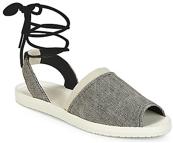Reef DAISY women's Sandals in Black