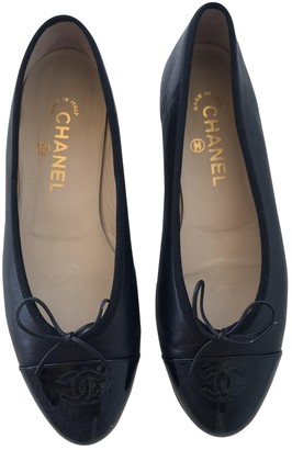 Chanel Black Leather Ballet flats