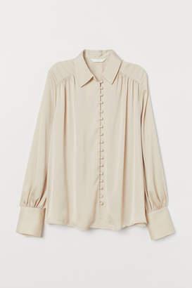 H&M Balloon-sleeved blouse