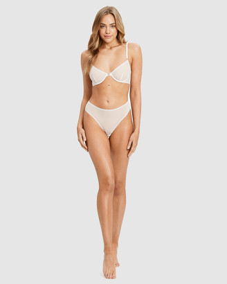 Saturday The Label Lover Underwire Bra and G-String Set