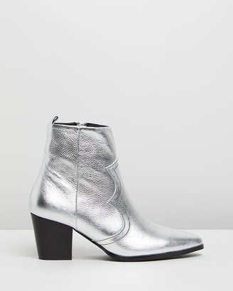 Caverley Western Leather Ankle Boots
