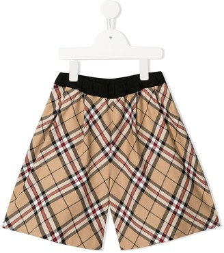 Familiar check print shorts