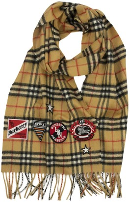 Burberry Classic Cashmere Scarf With Vintage Check Pattern And Crests