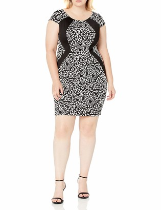 Sangria Women's Plus-Size Short Sleeve Animal Print Textured Knit Sheath