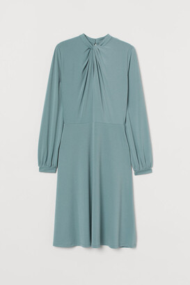 H&M Knee-length dress