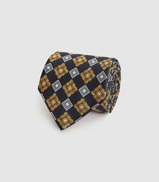 Reiss Kane - Silk Large Medallion Tie in Navy