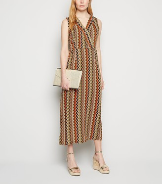 New Look Mela Zig Zag Midi Wrap Dress
