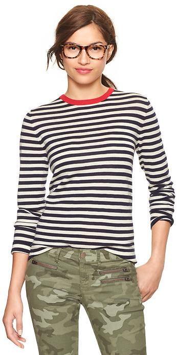 Gap Striped crew pullover