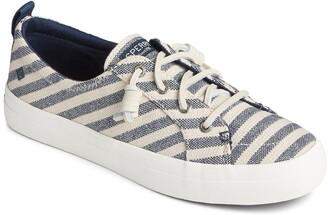 Sperry Crest Vibe Seasonal Stripe Sneaker