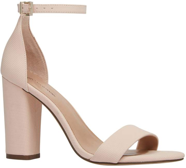 Call it SPRING Tayvia Block Heel Sandals