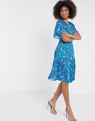 Closet London tiered flared sleeve dress in blue