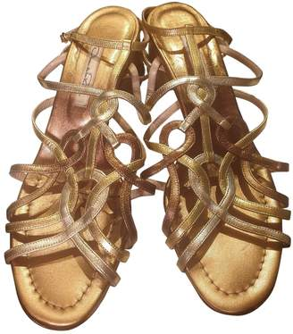 Oscar de la Renta Gold Leather Sandals