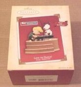 Hallmark Love to Dance Peanuts Snoopy 2004 ornament