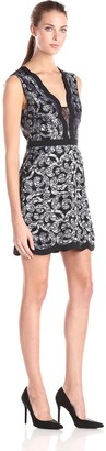 BCBGMAXAZRIA Azria Women's Sirena Scalloped Lace Coctail Dress