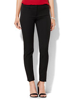 New York & Co. 7th Avenue Design Studio - Forward-Seam Legging - SuperStretch