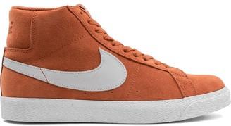 Nike SB Zoom Blazer mid-top sneakers