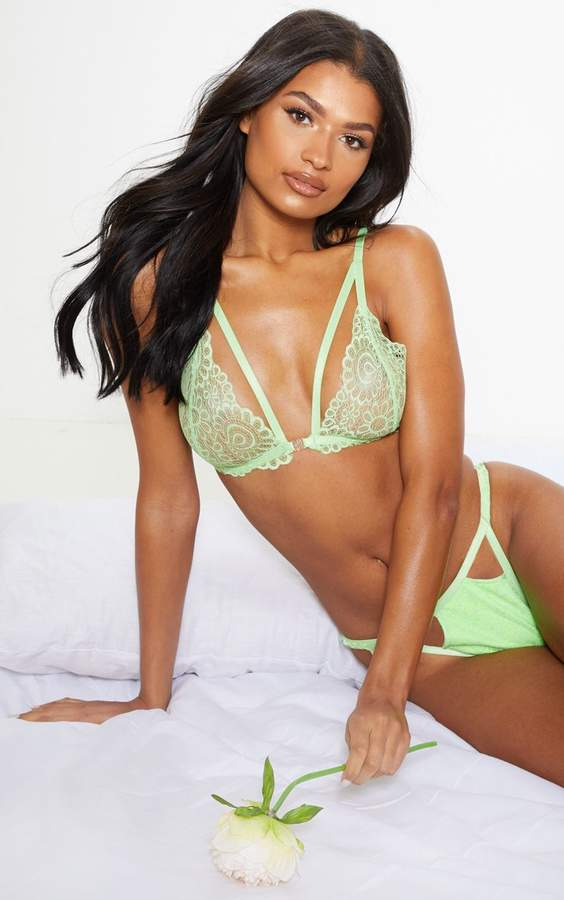 PrettyLittleThing Lime Daisy Lace Harness Front Hook Bra