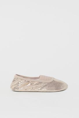 H&M Shimmering ballet shoes