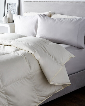 Belle Epoque Delight Mid-Warmth Down Comforter