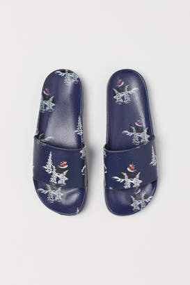 H&M Patterned pool shoes