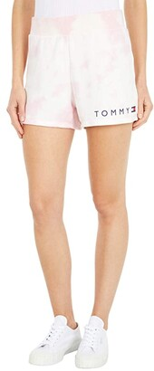 Tommy Hilfiger Adaptive Wilmington Tie-Dye Shorts with Elastic Waist (Coral Blush/Multi) Women's Shorts
