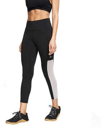 Nike Mid Rise Workout Capris