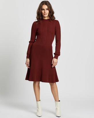 Review Criss-Cross Knit Dress