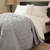Lavish Home Solid Color Silver King Bed Quilt