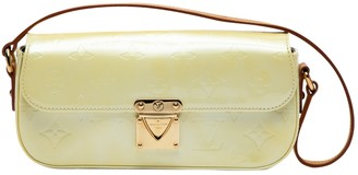 Louis Vuitton Yellow Patent leather Handbags