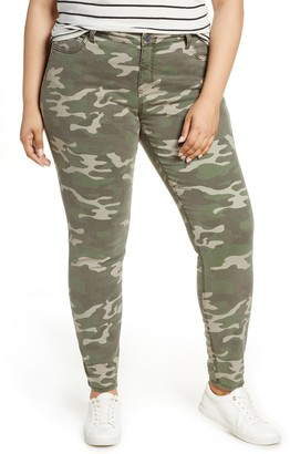 KUT from the Kloth Mia Camo Print Toothpick Skinny Pants (Plus Size)