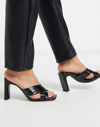 Bershka crossover padded heeled sandal in black
