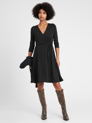 Banana Republic Wrinkle-Resistant Wrap Dress