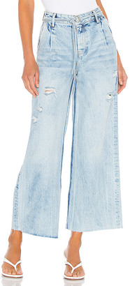 Free People Kinsey Crop Jean. - size 24 (also
