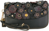 Coach flower embellished clutch bag - women - Leather - One Size