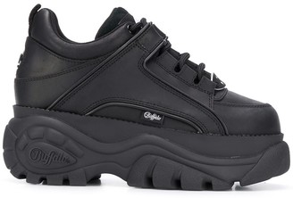 Buffalo David Bitton Corin platform sole sneakers