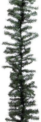 Vickerman 100-foot x 14-inch Canadian Pine Garland 2980 Tips