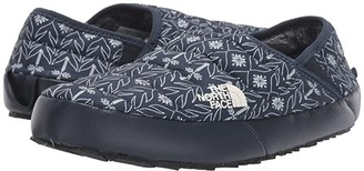 The North Face Thermoball Traction Mule V (Urban Navy Tree Print/Bone White) Women's Shoes