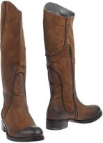Doucal's Boots - Item 11289383