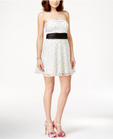 Speechless Juniors' Contrast Outline Lace Sweetheart Dress