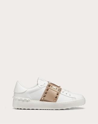 Valentino Rockstud Untitled Sneaker In Calfskin Leather With Metallic Stripe Women White/peach 100% Pelle Di Vitello - Bos Taurus 34