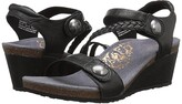 Aetrex Naya Wedge Sandal (Black) Women's Wedge Shoes