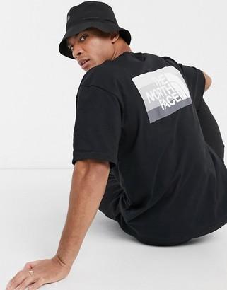 The North Face Tonal Bars T-shirt in black