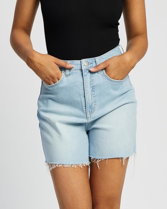 Lee Women's Blue Denim - Girlfriend Curve Shorts - Size 6 at The Iconic