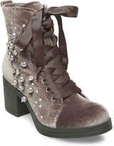 Madden-Girl Women's Veera Velvet Combat Boot