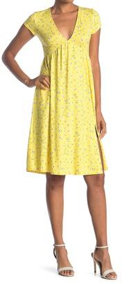Socialite V-Neck Cap Sleeve Slit Midi Dress